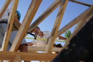 Bruce and Lynn adjusting the truss peaks spacing.