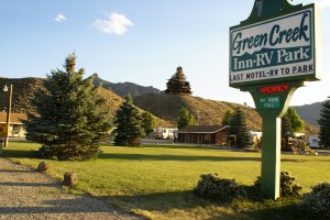 Green Creek Inn & RV Park with Smith Mansion in the background.