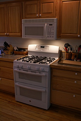 Our new GE natural gas kitchen range.