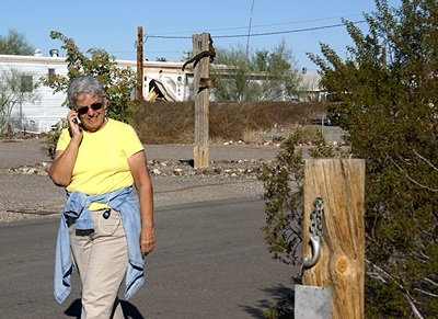 We have an excellent Verizon signal here in Q.  Linda often likes to pace up and down Lollipop Lane while talking on the phone.  If you lived on Lollipop Lane you would too.