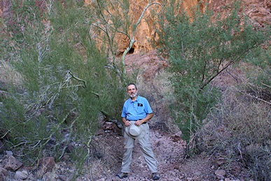 This seemed like a good spot to stop and let Linda take my picture for a change.  Palm Canyon, KOFA NWR, AZ.