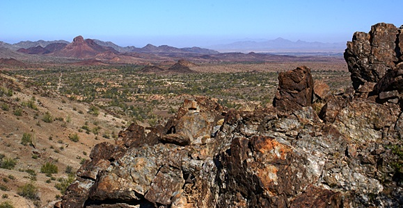 View looking NW from the Quinn's Pass area between Quartzsite and Bouse, AZ.