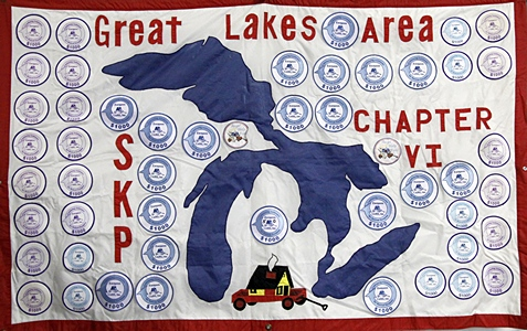 """SKP Chapter 6 displays their banner on """"the row.""""  We have been members of this chapter since the 2010 Escapade but have yet to make it to a rally."""