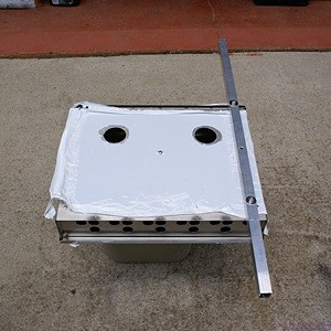 The back of the CEB with one of the vertical mounting bars.