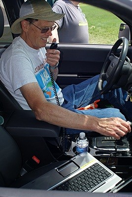 Steve (N8AR) operating the 6m opening from the radio in his car.