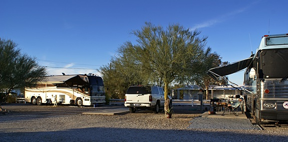 Partial view of our winter compound looking north.  Our bus is to the left and Butch & Fonda's MC-9 is to the right.  Look carefully and you will see someone napping.  And why not.