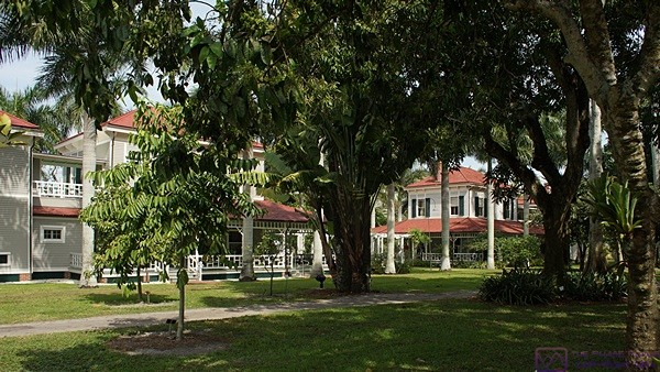 The two Edison winter homes are mirror images of each other and joined by a covered walkway.  Edison Ford Estates, Fort Myers, FL.